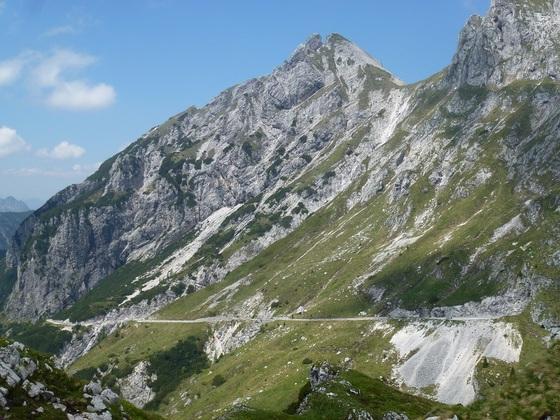 Mangartstrasse in Slowenien