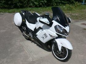 KAWA GTR 1400-01.jpg